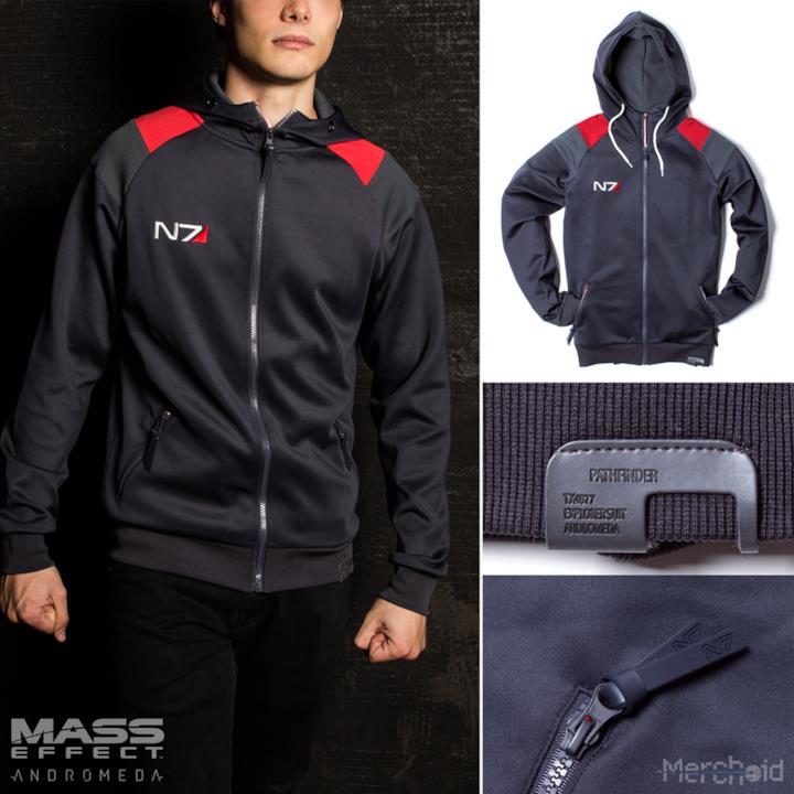 La linea d'abbigliamento Mass Effect