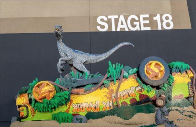 Dettagli della scultura LEGO dedicata alla pellicola Jurassic World 2