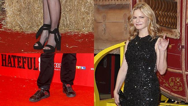 Outfit di Quentin Tarantino e Jennifer Jason Leigh