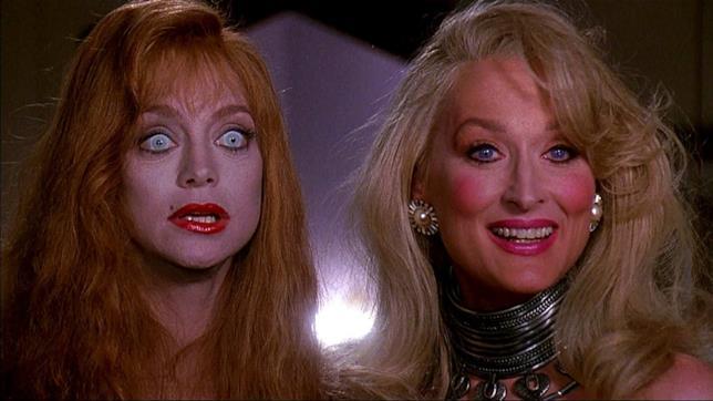 Goldie Hawn e Meryl Streep sono Helen e Madeline in La Morte Ti Fa Bella