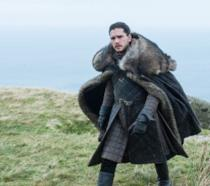 Jon Snow a Roccia del Drago con espressione turbata