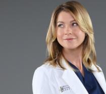 Un'immagine promozionale di Ellen Pompeo in Grey's Anatomy