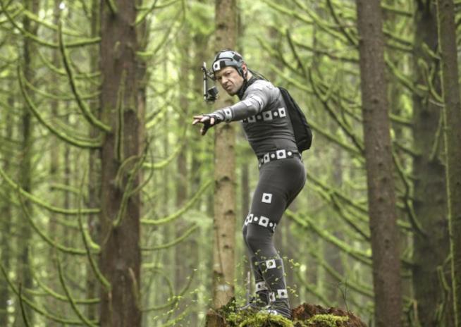 The War - Il pianeta delle scimmie, una scena con Andy Serkis pieno di sensori