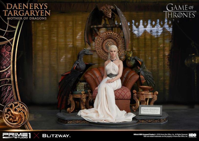 La pregiata statuetta di Daenerys vista nel suo insieme