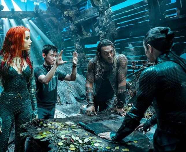 Willem Dafoe, Jason Momoa, Amber Heard ed il regista James Wan