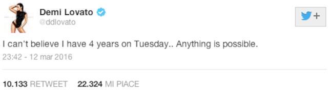 Tweet di Demi Lovato sull'alcolismo