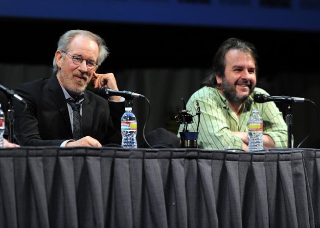 Steven Spielberg e Peter Jackson durante una conferenza stampa