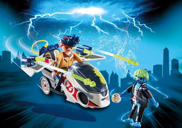 Stantz con moto volante e fantasma blu