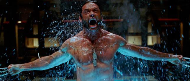 Hugh Jackman è l'indimenticabile Wolverine, l'eroe Marvel della saga X-Men
