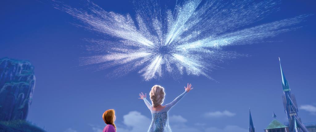 Elsa usa i suoi poteri per creare fuochi d'artificio di ghiaccio