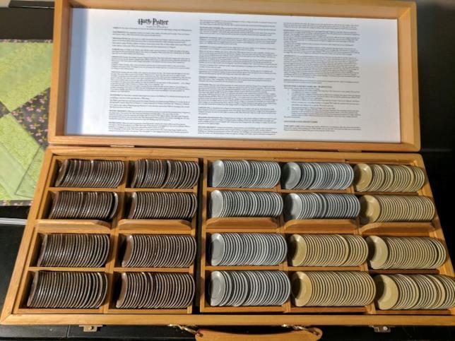 Istruzioni e monete dei maghi per il monopoli di Harry Potter