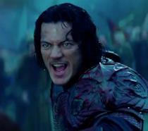 Luke Evans in una scena di Dracula Untold