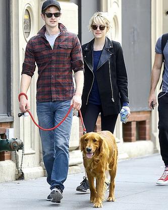Emma Stone e Andrew Garfield in un momento di felicità con Ren