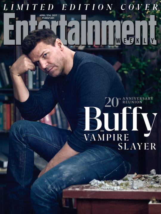 David Boreanaz sulla copertina di EW dedicata a Buffy
