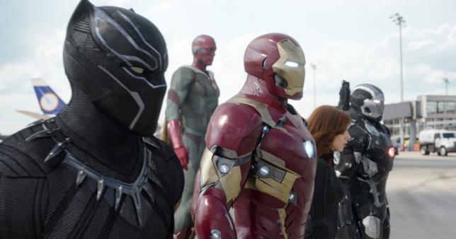 Team Iron Man in una scena di Civil War