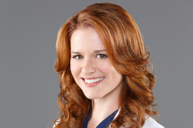 Sarah Drew interpreta April Kepner in Grey's Anatomy