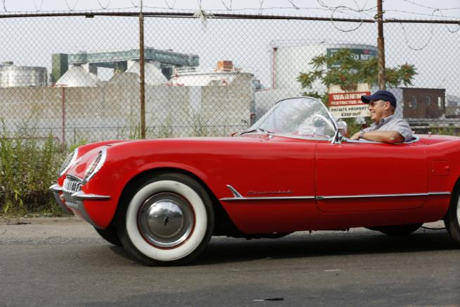 Raymond Reddington nella sua fiammante auto...rubata