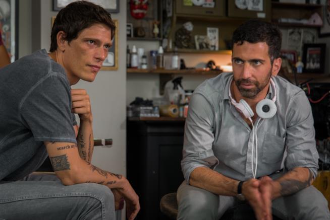 Il protagonista Matteo Martari insieme al regista di Hundred To Go