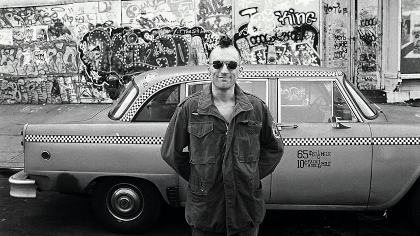Robert De Niro è il taxi driver Travis Bickle