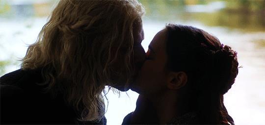 Rhaegar Targaryen bacia Lyanna Stark