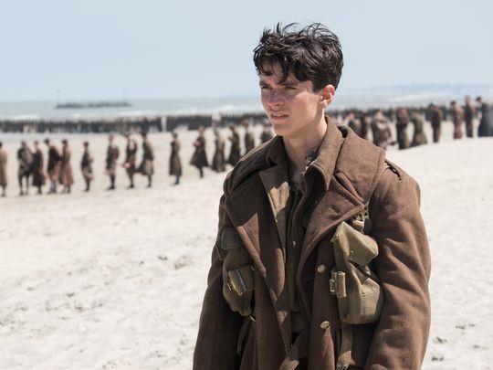 L'esordiente protagonista sul set di Dunkirk