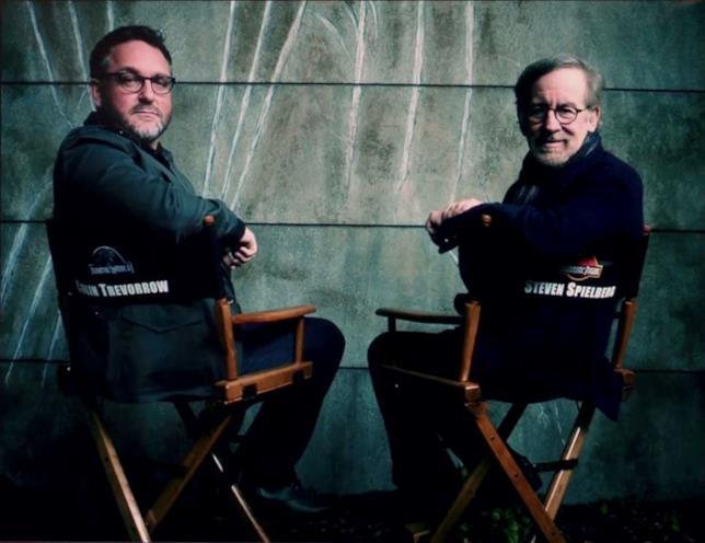 Colin Trevorrow e Steven Spielberg sulle sedie da regista