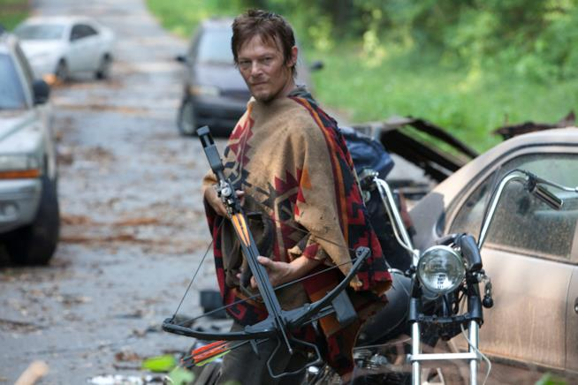 Norman Reedus nei panni di Daryl in una scena di The Walking Dead