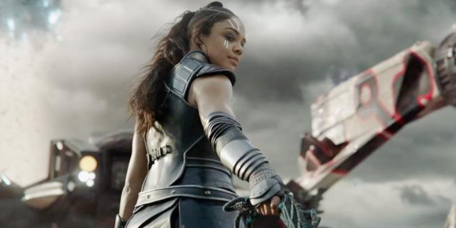 Un primo piano di Tessa Thompson in Thor: Ragnarok