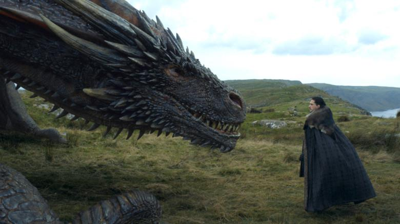 Rhaegal e Jon Snow in Game of Thrones 8x01