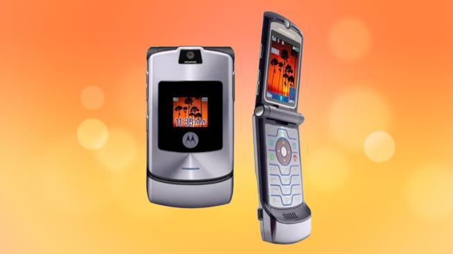 Immagine promozionale del Motorola RAZR