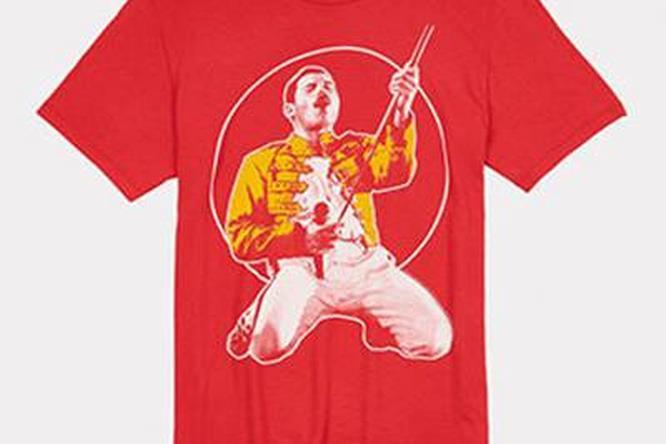 L'immagine di Freddie Mercury su una t-shirt