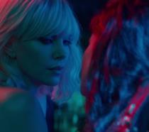 Charlize Theron in una scena di Atomica Bionda