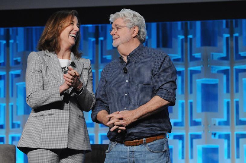 A sinistra la presidentessa Lucasfilm Kathleen Kennedy e a destra George Lucas